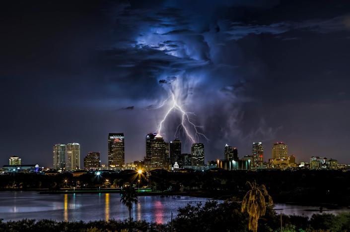 tampa-lightning-justin-battles